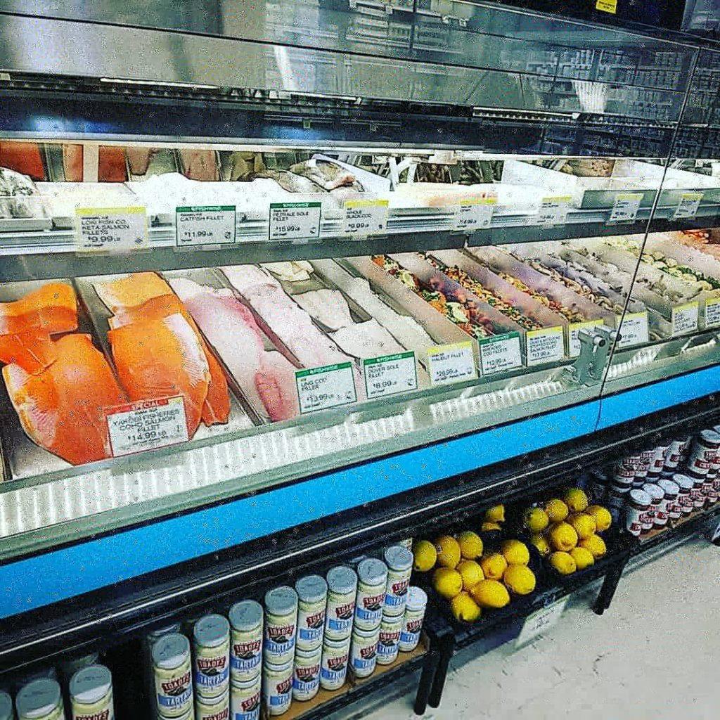 アメリカスーパー 魚